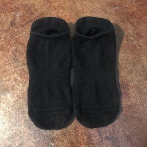 EUC Pure Barre Classic Low Rise Socks
